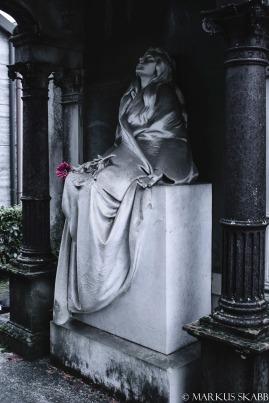 Tomba Maria De Amicis (1877-1899), di Pietro Canonica. Cimitero di Predosa (AL)